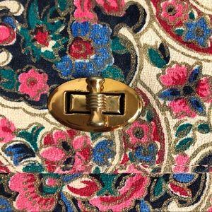 Britemode Vintage Bags - BRITEMODE  | VTG Floral Wallet Turn Clasp Small